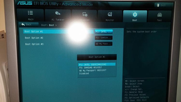 12/9/14 windows update>pc won't boot from ssd-14188618923331411319820.jpg