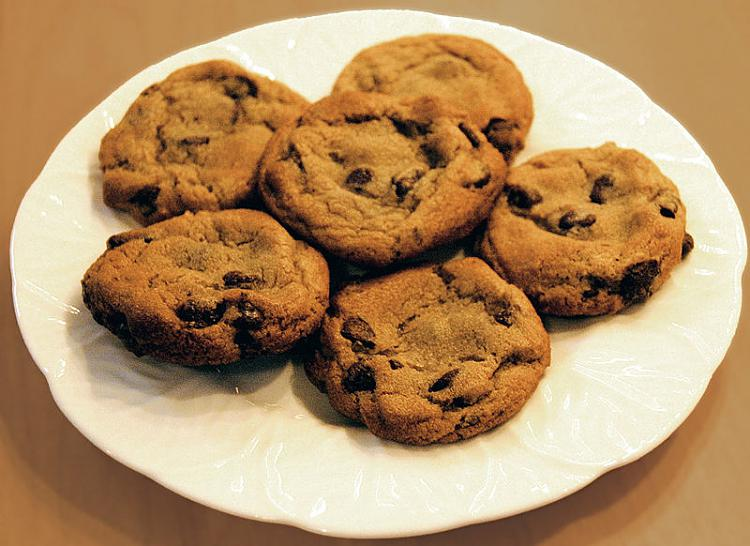 XP Forum-800px-chocolate_chip_cookies.jpg