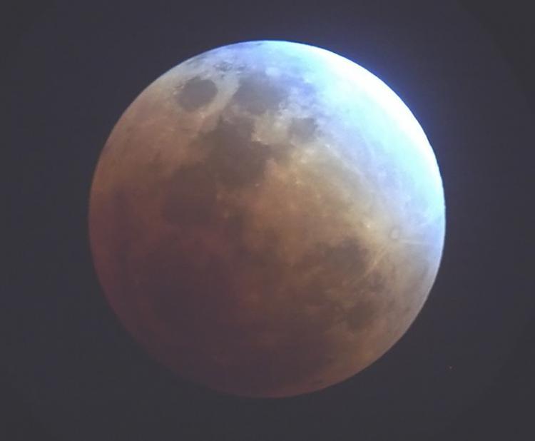 Total Lunar Eclipse of December 21 2010-2010-12-21-moon.jpg