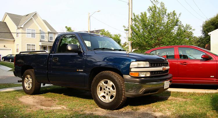 Dads new 0 beater, 2001 Chevy Silverado-1500-1.jpg