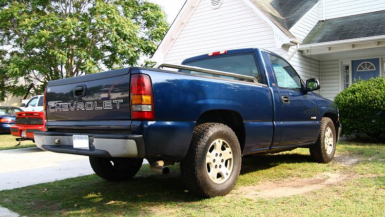 Dads new 0 beater, 2001 Chevy Silverado-1500-2.jpg