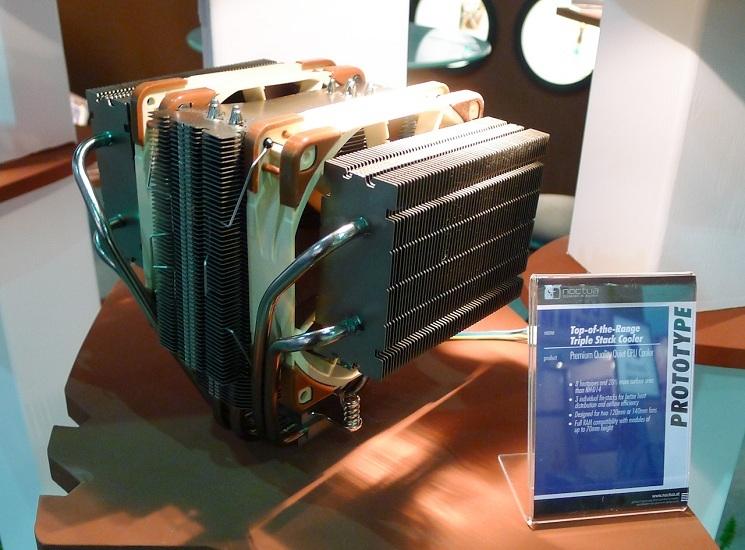 Noctua New D-Type Heatsink Prototype Built on NH-D14 Design-p1000559.jpg