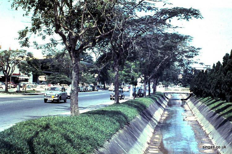 When men retire - be very afraid-singas_orchard_road_monsoon_drain_empty.jpg