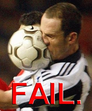 Funny and Geeky Cool Pics-football_fail.jpg
