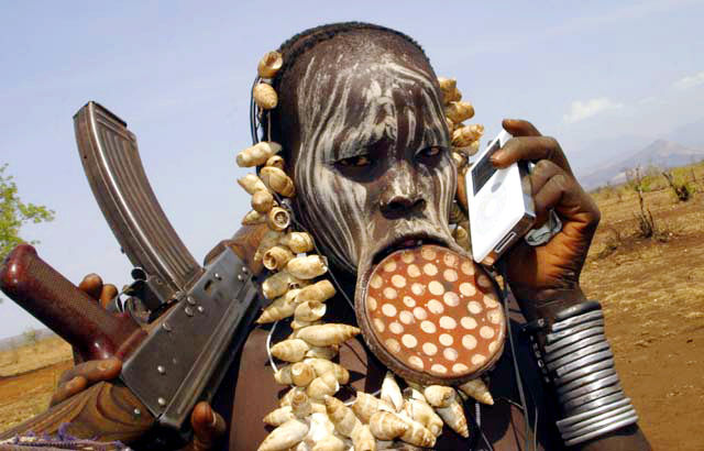 Funny and Geeky Cool Pics [2]-ubangi-listening-ubangi-stomp.jpg