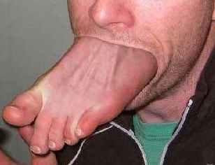 Gotta love this Phish....-foot-mouth2.jpeg