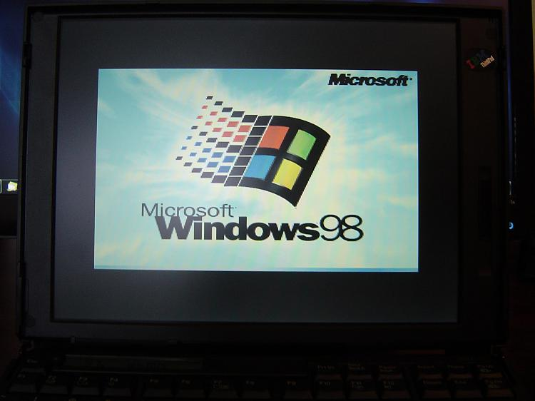 Make Windows 98 Boot Screen Full Screen?-dsc00575.jpg