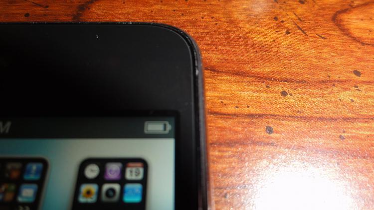 Replace iPod Touch 4g Battery-dsc01936.jpg