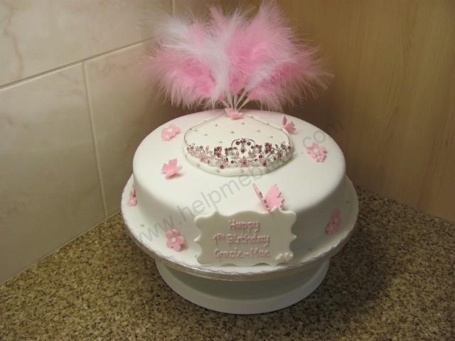 Happy Birthday Baroness von shush :)-tiara-cake-14-.jpg