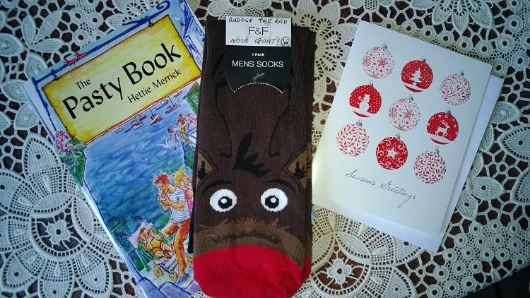Show us your socks.-wp_20131225_005.jpg