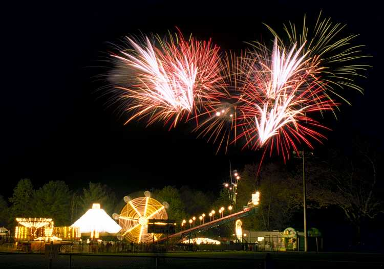 Happy New Year thread-dogwoodfireworks_0007a.jpg