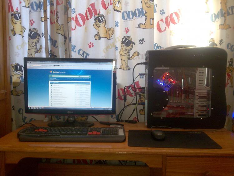 Desktops: Tower on desk or floor?-image001.jpg