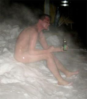 Merry Christmas-funny-finns-snow-after-sauna.jpg