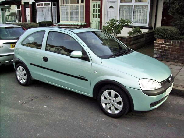 A Citroen Saxo or a Vauxhall Corsa?-2zp4d9z_edited-1.jpg
