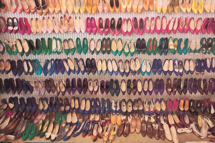 The way to a geek girls heart :)-shoes.jpg