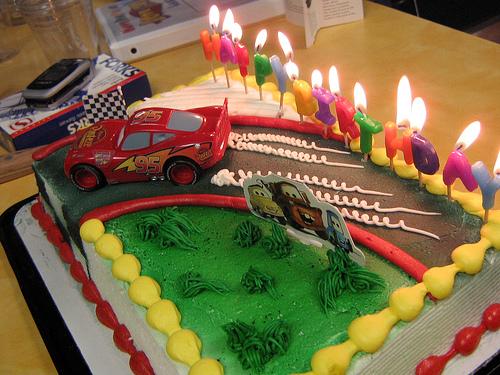 Happy Birthday, thefabe.-racecar_cake.jpg