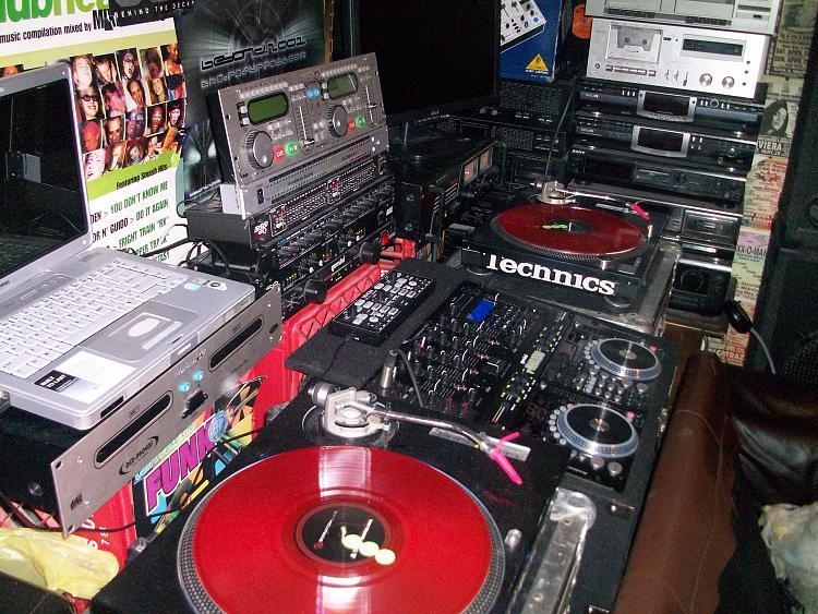 Post Your Entertainment Setup.....-100_0266.jpg