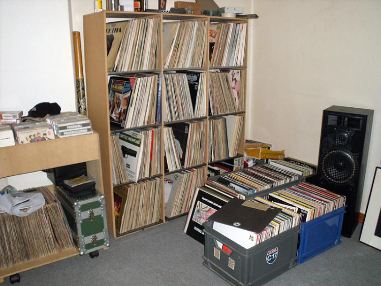Post Your Entertainment Setup.....-3.jpg