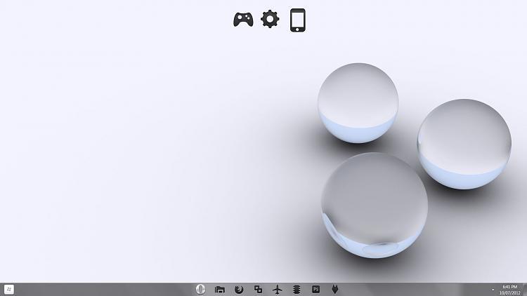 Show us your Desktop-desk-top-w7-desktop-lap.jpg