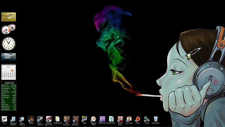 Show us your Desktop-wallpaper.png