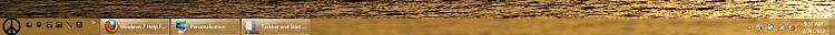 short 1px grey border above start button-taskbar.png