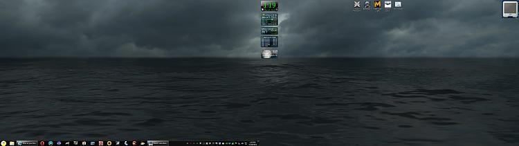 Show us your Desktop-scary.jpg