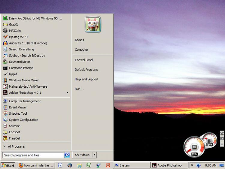 Desktop and start button change mysteriously??-desktop.jpg