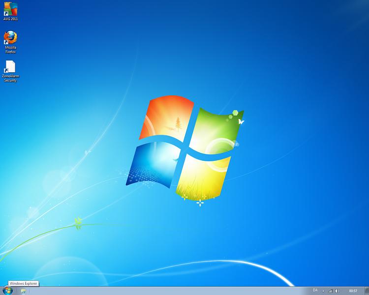Unpinning Windows Explorer from Default User-desktop.png