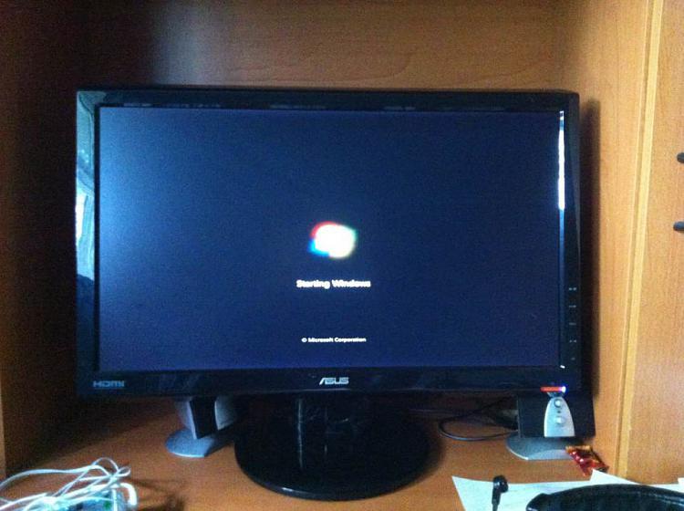 Windows 7 Stuck on Loading Screen Unknown Error-e5041219-7a01-4389-870b-90f5faf5d549-1-.jpg