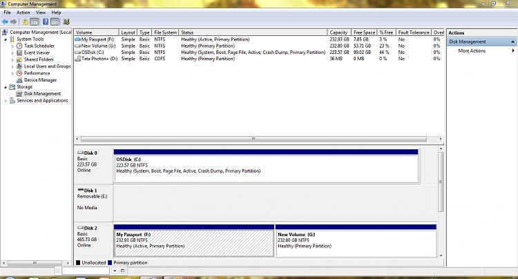 External disk -folders not visible -access denied system volume info-capture.png