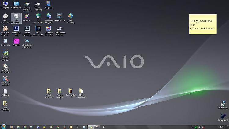 Desktop Issues - Basic mode and icons missing after reboot !!-desktop-normal.jpg