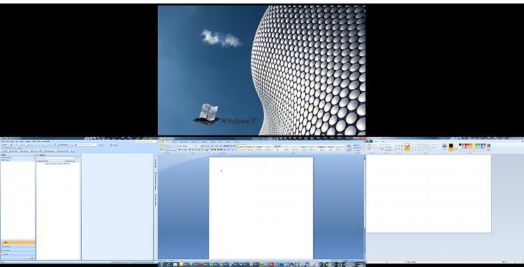 Multiple Monitors - Program Expands To Next Monitor-windows.7.monitors.good.jpg