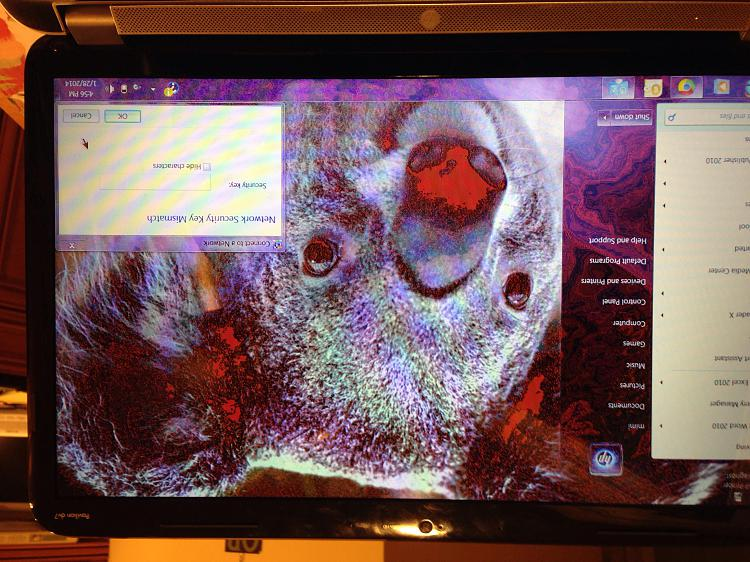 Laptop not displaying colors properly-image.jpg