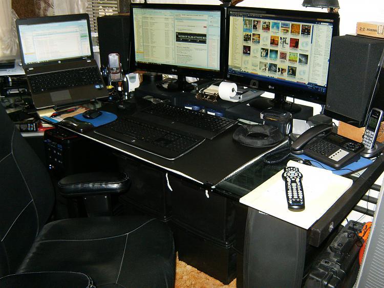 Monitors-hpim2056.jpg