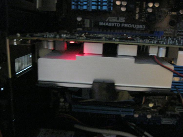 BIOS beep, PC posts, but red LED light on GPU and no monitor signal-img_0266.jpg