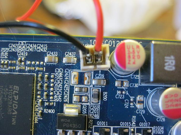 BIOS beep, PC posts, but red LED light on GPU and no monitor signal-img_0270.jpg