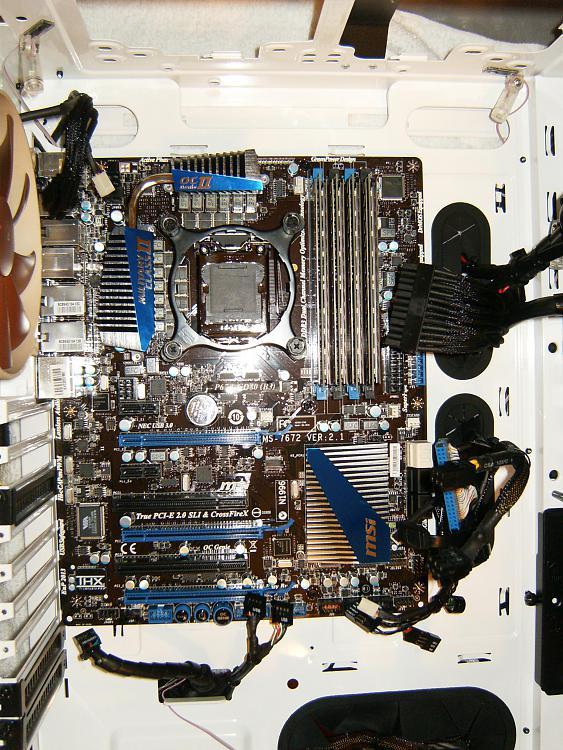 embarrassed but need help identifying motherboard-hpim2613.jpg