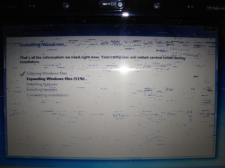 HP Pavilion DV2000 display problem-dsc05402.jpg
