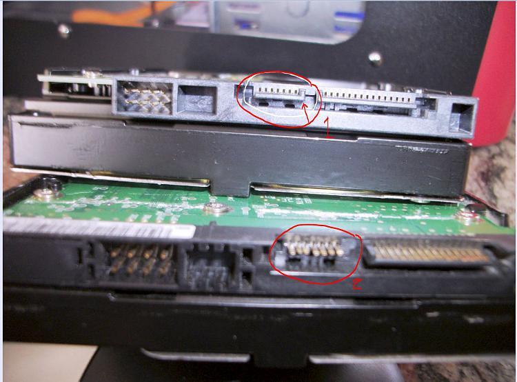 "Win7 ""No Drives found"" SATA drive-sata-hd-2-broken-plastic.jpg"