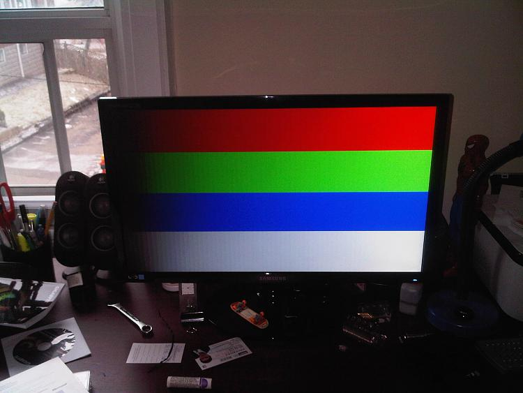 Infinite 4 Flashing Screens Loop During Windows 7 Install.-img00404-20120129-1444.jpg