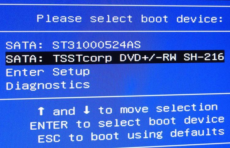 reinstallation dvd hangs on starting windows screen-dsc01899.jpg