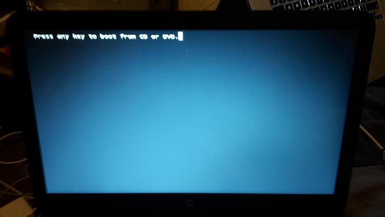 Windows 7 Installation Disc Will Not Load Properly-20151130_204418.jpg