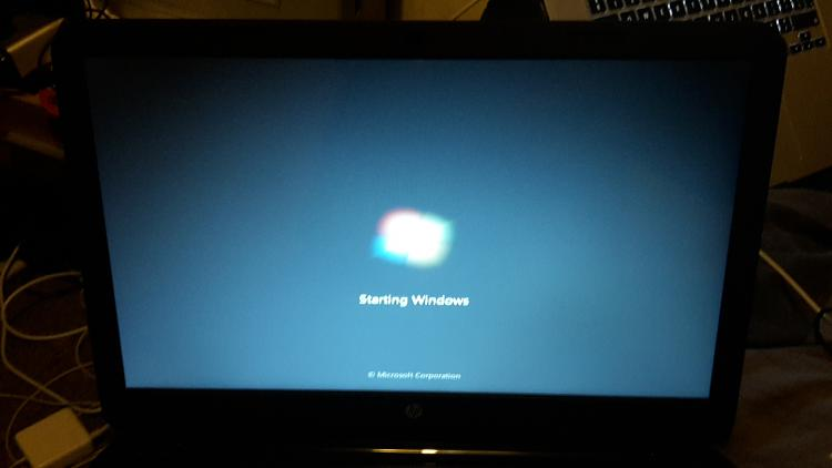 Windows 7 Installation Disc Will Not Load Properly-20151130_204541.jpg