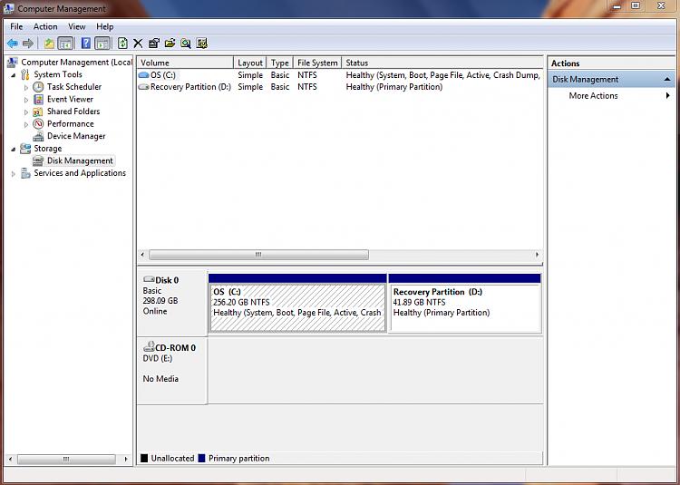 Windows 7 Student Edition-diskmanagement.png