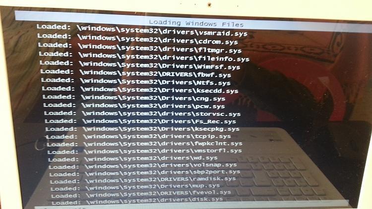 \EFI\BOOT\BCD Error While Booting On Windows 7 USB Installation-20180926_144544.jpg