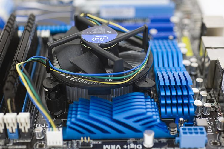 The Sandy Bridge Review: The New Intel CPUs-_dsc7082.jpg