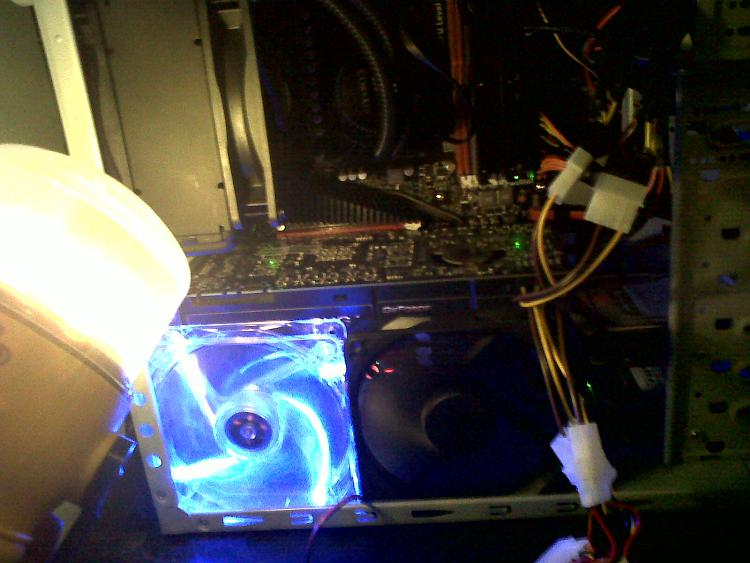 CPU Voltage & CPU VDDA Voltage-img00062-20101118-2236.jpg