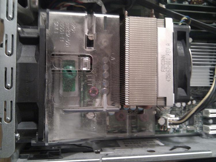 OC older Pentium D, how many volts?-img_20111229_200015.jpg