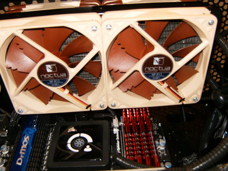 Asus Radeon HD 7870 & Corsair A70-hpim2113.jpg
