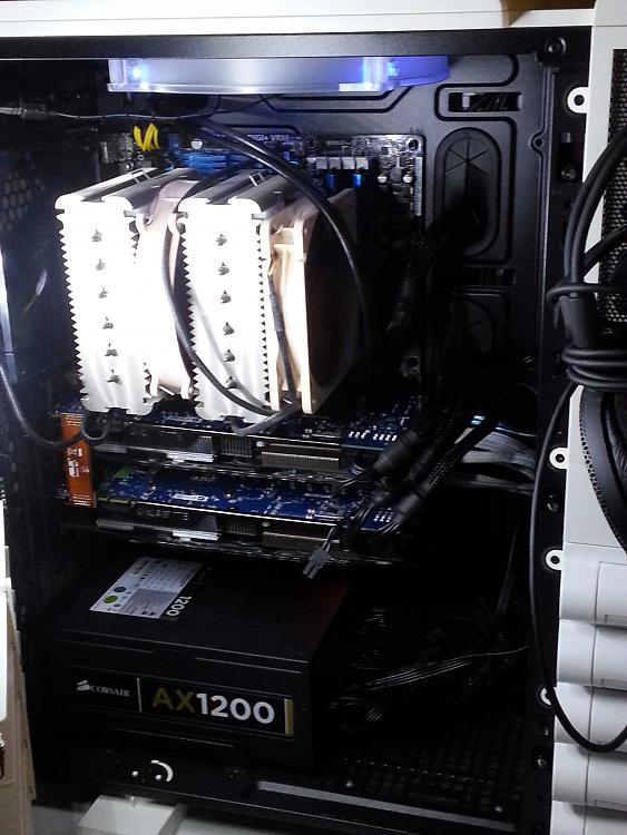 Post your gaming rig here!-ttinside.jpg